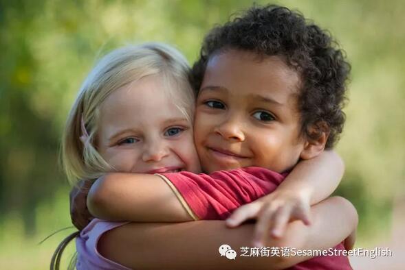 如何在家中培養孩子的同理心呢?